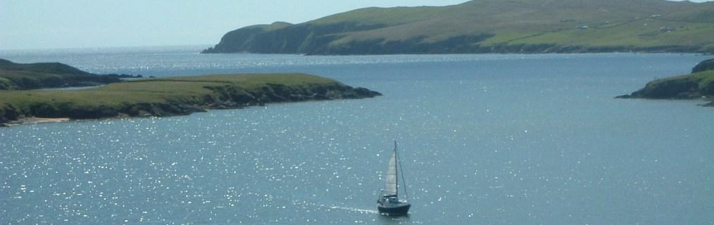 Sailing boat entering the Skeld Voe